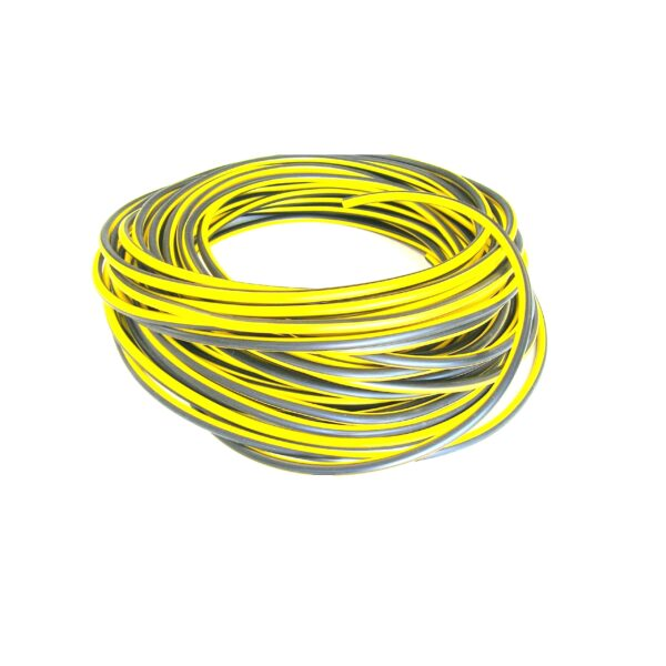 racing black and yellow ht ignition lead ideal for magneto ignitions for maximum spark delivery